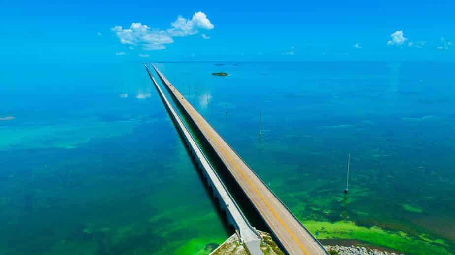 bridge-connecting-Keys-Lariviere